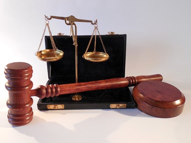 W czym może nam wesprzeć radca prawny? W których sprawach i w jakich kompetencjach prawa wspomoże nam radca prawny?